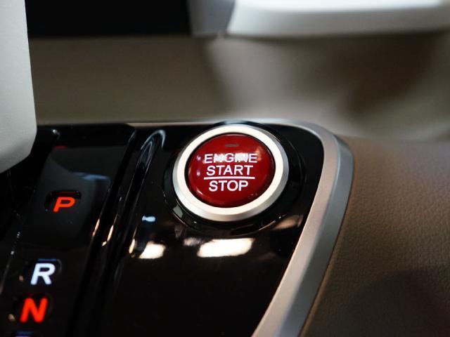 ホンダ N BOX SS パッケージ 2トーン届出済未使用車Rシートスライド
