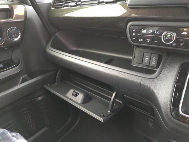 G・Lホンダセンシング 届出済未使用車 LEDライト左Aドア衝突軽減BキーフリETC(18枚目)