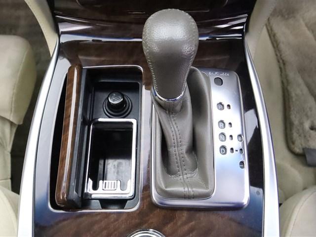 ベースグレード 純正ナビ フルセグ パワーシート バックカメラ キセノンライト ETC インテリジェントキー ドライブレコーダー(19枚目)