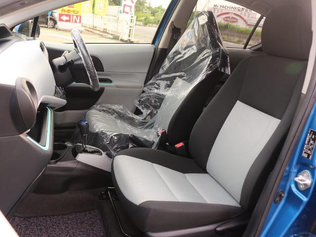 トヨタ アクア S メモリーナビ ワンセグ ETC キーレス
