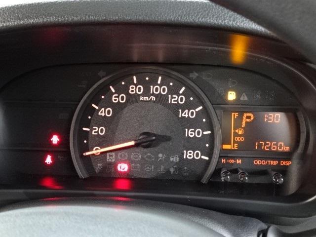 X S ワンオーナー 走行1万8千キロ CDチューナー ベンチシート キーレスキー 衝突被害軽減ブレーキ アイドリングストップ 除菌加工(9枚目)
