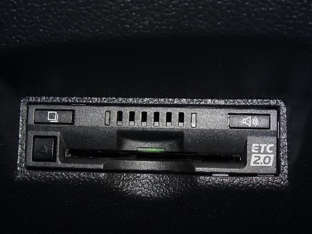 Sツーリングセレクション 当社社用車 衝突軽減システム ドライブレコーダー 合皮シート フルセグTコネナビ バックカメラ クルーズコントロール ETC LEDヘッドライト(8枚目)