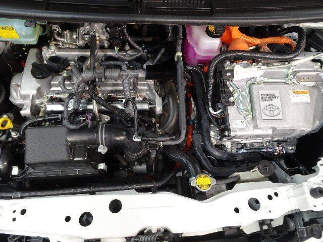 トヨタ シエンタ ハイブリッドG 6人乗り メモリーナビ・後カメラ・1オーナー