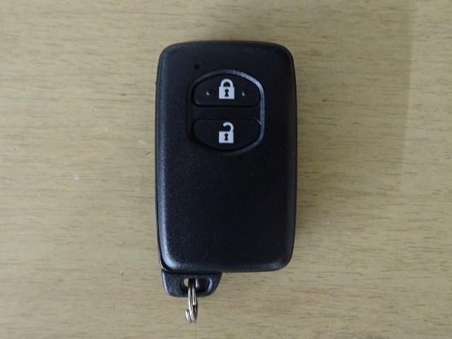 Sスタイルブラック 衝突回避支援 インテリジェントクリアランスソナー Bluetooth対応メモリーナビ バックガイドモニター ドライブ ETC 6スピーカー ステアリングリモコン ワンオーナー車 除菌加工(18枚目)