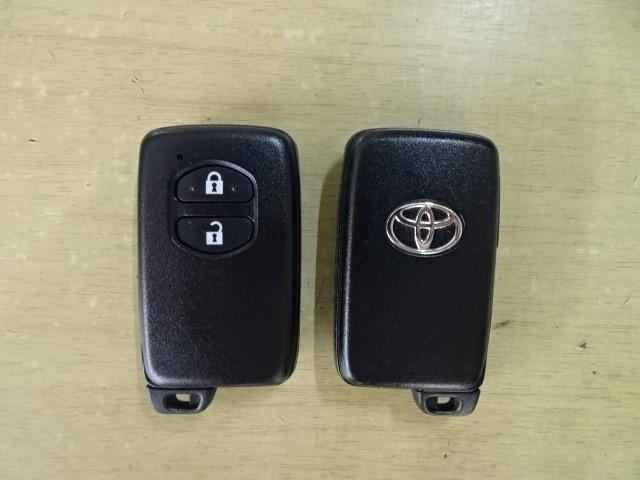 便利なスマートキーも2本装備しています。