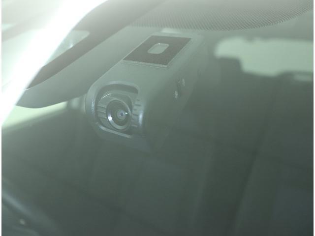F セーフティーエディションII ドラrコ 衝突被害軽減ブレーキ オートマチックハイビーム スマートキー メモリーナビ ETC ワンセグ 盗難防止装置(2枚目)