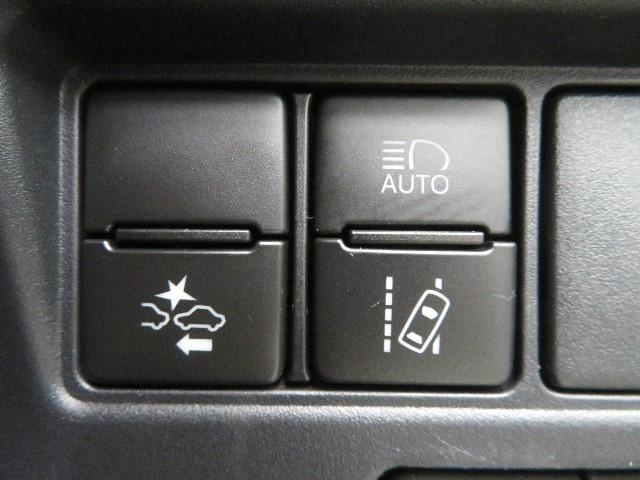 X 後カメラ 片側電動スライド TVナビ LEDライト クルーズコントロール ETC メモリナビ ワンセグ キーレス オートエアコン パワステ 盗難防止装置 3列シート ABS(15枚目)