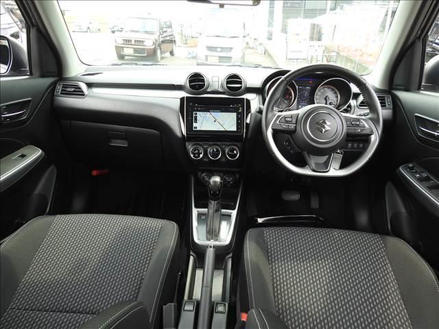 HYBRID RS セーフティパッケージ装着車 衝突軽減ブレーキ スズキ純正メーカーオプションナビ 全方位モニター フルセグ BT接続 USB接続 純正ビルトインETC シートヒーター アイドリングストップ スマートキー(4枚目)