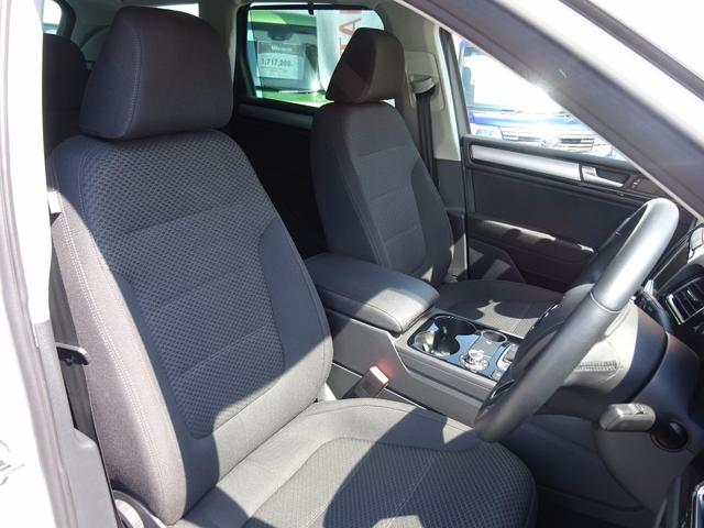 V6 ブルーモーションテクノロジー 新品スタッドレス装着済(16枚目)