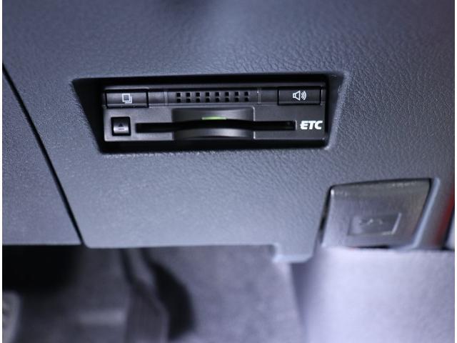 ☆今や定番の装備となったETC。必須アイテムですね!ノンストップで楽チン!