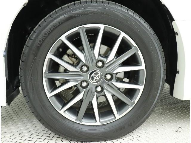 """安心で快適なカーライフをお約束するためにおつけする""""ロングラン保証""""。ご購入後の走行距離は無制限。1年間の無料保証がついてる、トヨタU-Carの安心保証です。"""