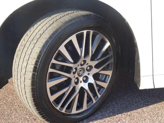トヨタ ヴェルファイア 2.5Z Gエディション 9インチSDナビ