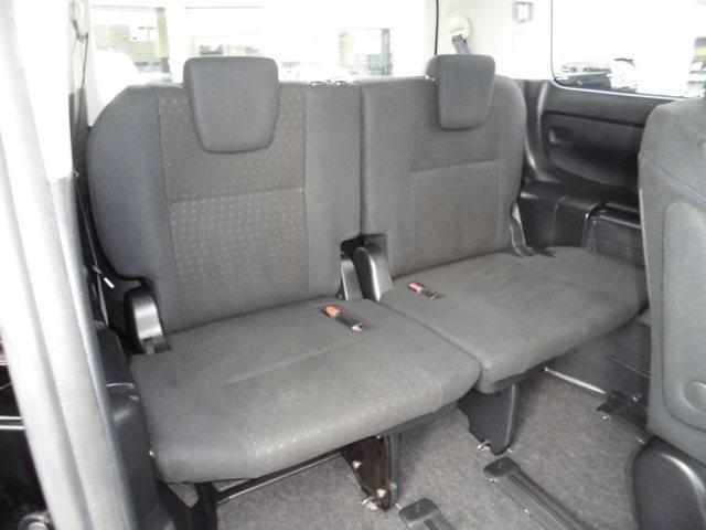 【内装】の車内です♪もちろん、フロアマットもついてますよ〜!