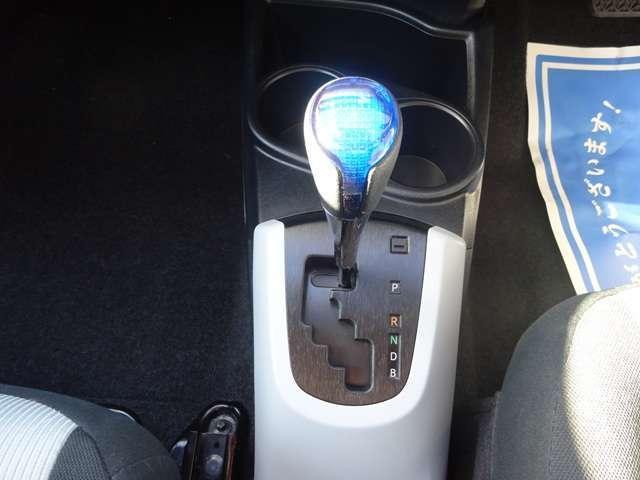 トヨタ アクア S SDナビ ワンセグTV LEDライト