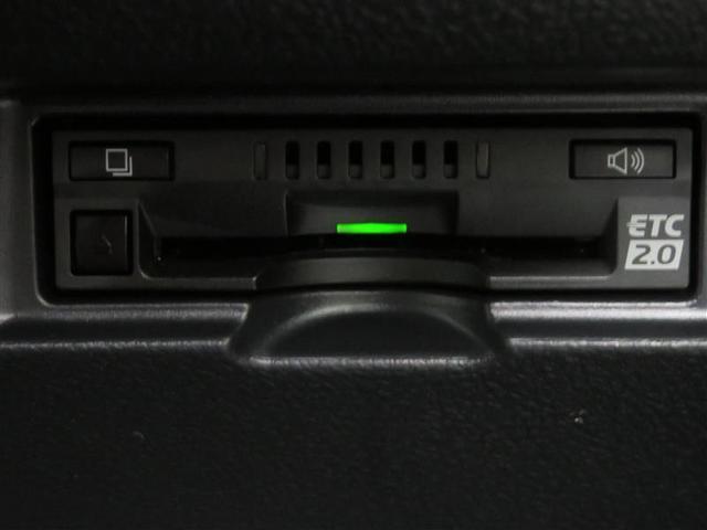 F ・SDナビ・フルセグ・バックカメラ・ETC DVD再生 地デジ ETC付き デュアルエアバッグ ナビ・TV キーレスキー バックカメラ 盗難防止システム エアコン メモリナビ ABS パワステ AUX(16枚目)