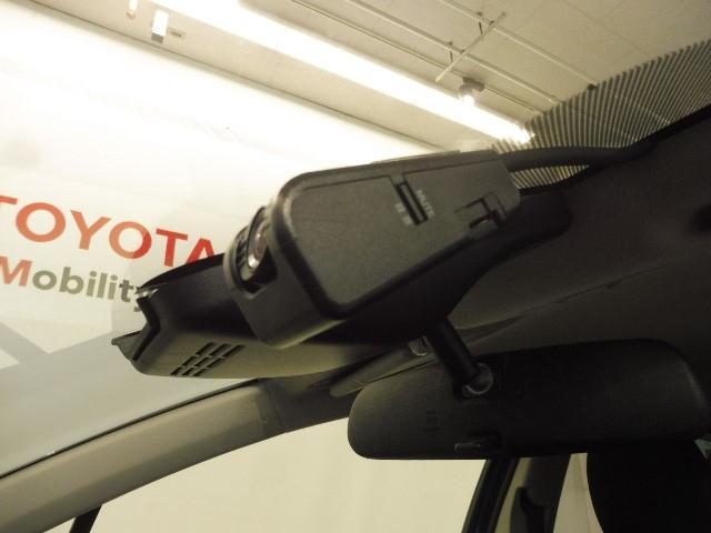 F セーフティーエディション ナビTV Bカメラ ワンオーナー メモリーナビ ETC スマートキー フルセグ(16枚目)