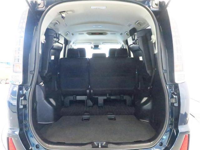 ZS 煌II 4WD フルセグ ドラレコ 衝突被害軽減システム ETC 両側電動スライド LEDヘッドランプ 3列シート ウオークスルー ワンオーナー DVD再生 ミュージックプレイヤー接続可 記録簿 乗車定員8人(20枚目)