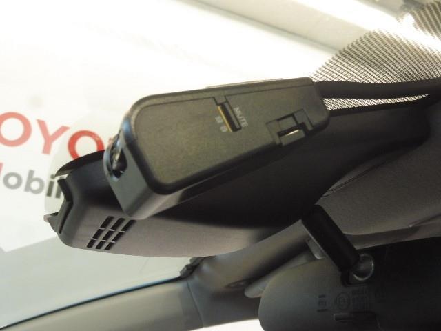 ハイブリッドU スポーティパッケージ Bカメラ サポカー ドラレコ スマートキー クルコン フルセグ 1オーナー ETC LED ロングラン保証(14枚目)