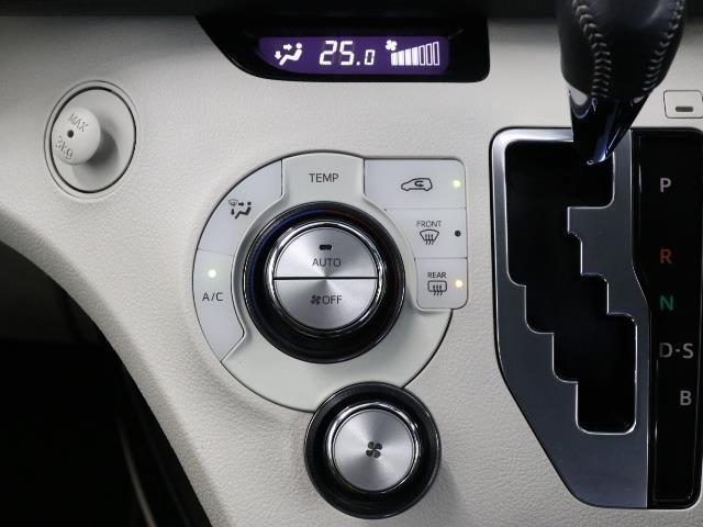 G LEDヘットライト 地デジTV 3列 リアカメラ スマキー キーフリー TVナビ ETC DVD イモビライザー CD 記録簿 ABS ワンオーナカー 両側電動D 横滑り防止 緊急ブレーキ AAC(12枚目)