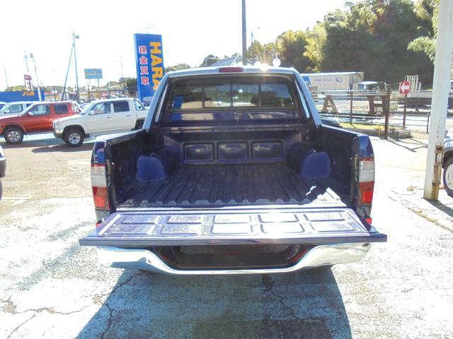 トヨタ ハイラックススポーツピック ダブルキャブ ワイド4WD リフトUP アルミ