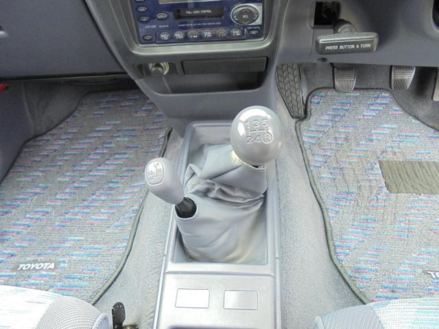 ダブルキャブ 4WD ディーゼル キャンパーシェル(11枚目)