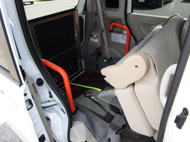 マツダ フレアワゴン XE 福祉車両車 スローパー式車いす移動車 リヤシート付車