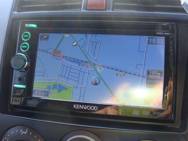 ケンウッド製のメモリーナビ装備、ワンセグ、DVD再生、CDリッピング可能