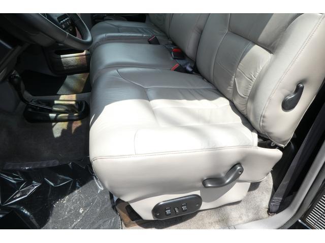 ダッジ ダッジ ラム ララミーSLTシングルキャブ4x4新車平行車