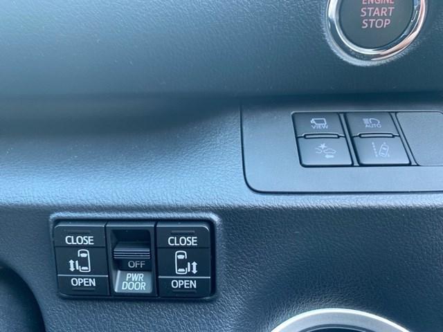 ファンベースG 登録済み未使用車 衝突軽減ブレーキ パノラミックビューモニター 新車保証継承 大型メモリーナビ フルセグTV DVD再生機能 ETC LEDヘッドランプ 両側電動スライドドア Bluetooth対応(13枚目)