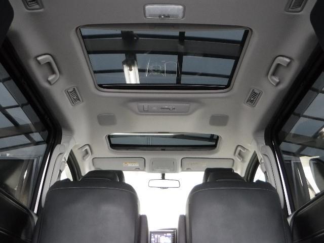 トヨタ エスクァイア Gi SDナビ、ワンセグ、LEDヘッドライト、バックモニター