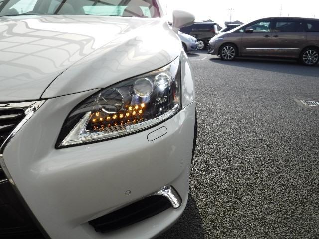 レクサス LS LS600hL 4WD 本革シート 純正ナビTV サンルーフ