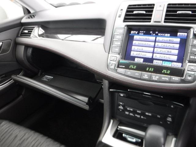 トヨタ クラウン 2.5アスリート コーナーセンサー付 タイヤ新品交換済み