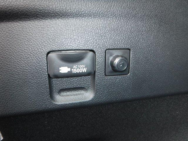 トヨタ プリウス Aプレミアム 4WD 禁煙車 セーフティーセンスP