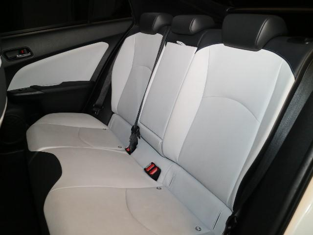 ハイブリッドカーは室内の静粛性バツグンです!快適なドライブをお楽しみ頂けます♪