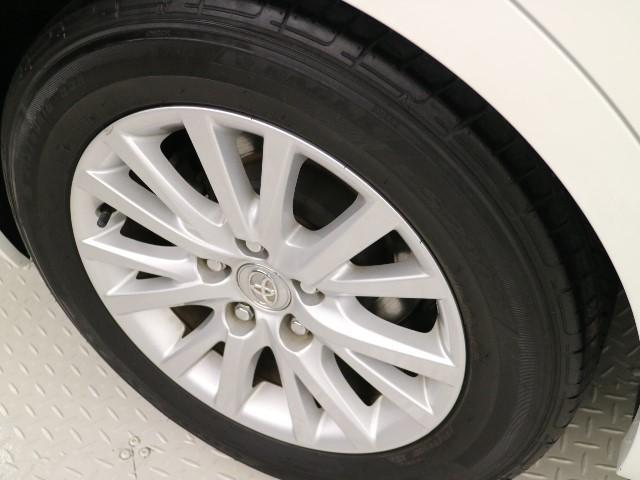 ◆◇アルミホイール◇◆ 16インチのアルミホイール!!タイヤサイズ・215/60R16!お洒落は足元からですね!!