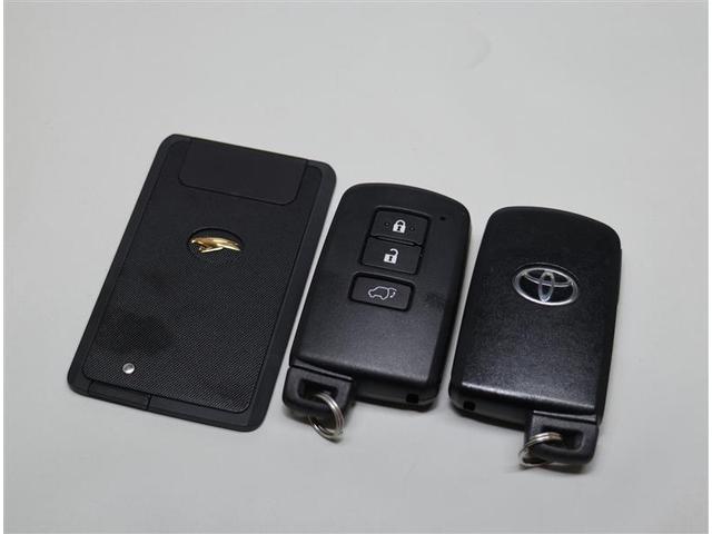 プログレス メモリーナビ・ETC・フルセグ・Bカメラ・ワンオーナー・4WD(13枚目)