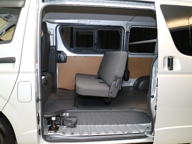 DX GLパッケージ デイーゼル・4WD・メモリーナビ(14枚目)