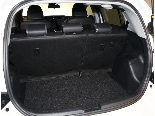 トランクもこの広さ!大きな荷物でもこのトランクさえあれば安心ですね♪シートアレンジもあなた次第!何を載せてドライブに出かけますか??