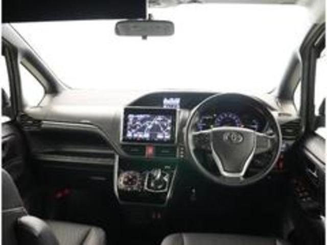 「トヨタ」「エスクァイア」「ミニバン・ワンボックス」「埼玉県」の中古車4