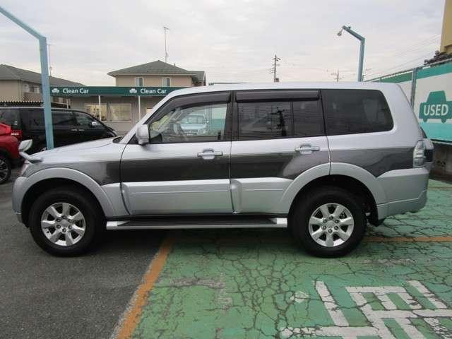 4WD 3.0 ロング エクシード サンルーフ 車検整備付(9枚目)