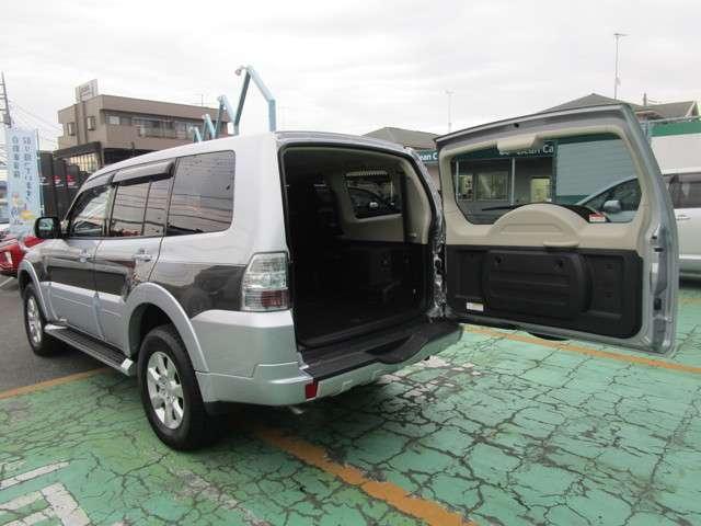 4WD 3.0 ロング エクシード サンルーフ 車検整備付(10枚目)