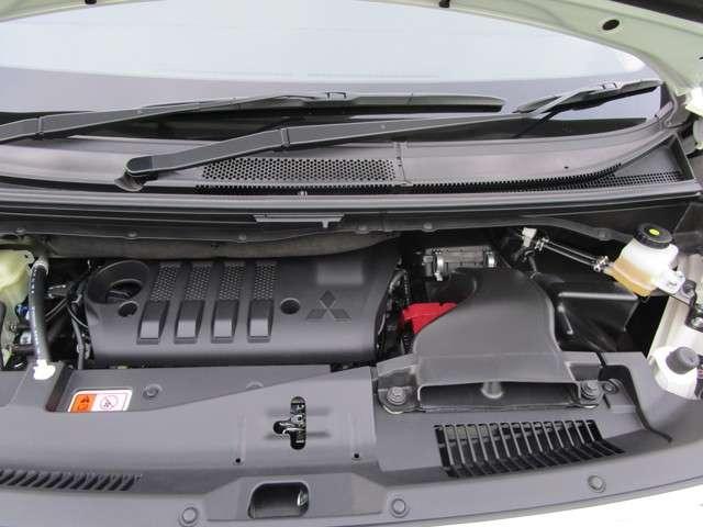 4WD アーバンギア 2.2 GパワーP デカナビ サポカー(17枚目)