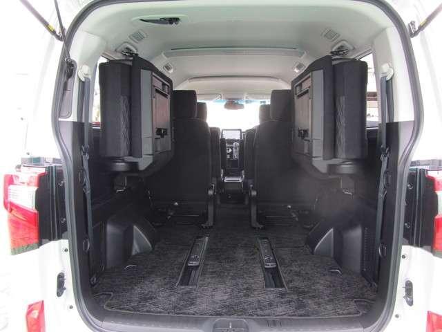 4WD アーバンギア 2.2 GパワーP デカナビ サポカー(19枚目)