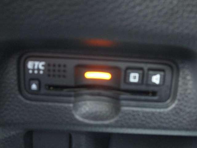 G・Lターボホンダセンシング ターボ 純正8インチインターナビ バックカメラ 衝突被害軽減ブレーキ アイドリングストップ 追従クルーズ ドラレコ ETC 両側電動スライドドア LEDヘッドライト スマートキー ワンオーナー 禁煙車(12枚目)