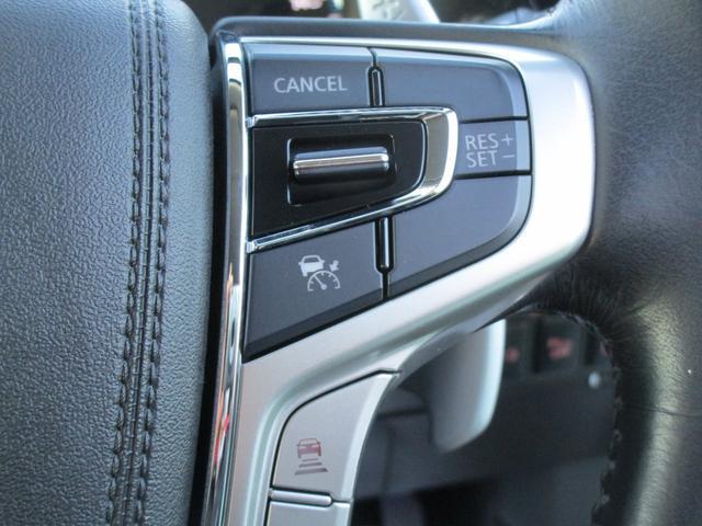 Gナビパッケージ 4WD 2000 ハイブリッド 駆動用バッテリー残存率81.2% 純正SDナビ 全周囲カメラ 電気温水式ヒーター 禁煙車 自動(衝突被害軽減)ブレーキ 誤発進抑制機能 パーキングセンサー 追従クルーズ(71枚目)