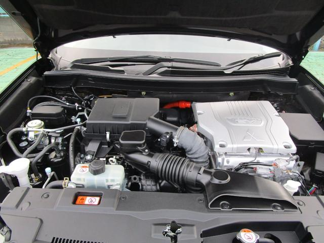 G 4WD ハイブリッド 2400CC クラリオンメモリーナビ(GCX779W) 全周囲カメラ AC100V電源 自動(衝突被害軽減)ブレーキ 誤発進抑制機能 後退時車両検知警報 ワンオーナー 禁煙車(17枚目)