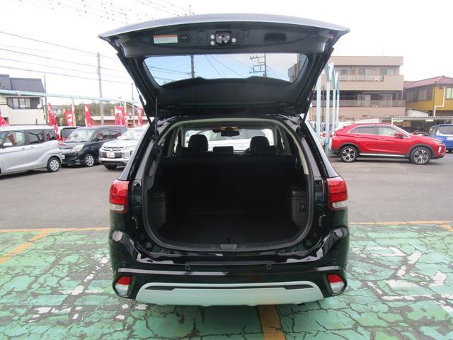 G 4WD ハイブリッド 2400CC クラリオンメモリーナビ(GCX779W) 全周囲カメラ AC100V電源 自動(衝突被害軽減)ブレーキ 誤発進抑制機能 後退時車両検知警報 ワンオーナー 禁煙車(57枚目)