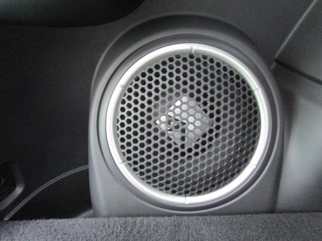 Gプレミアムパッケージ 4WD ハイブリッド 残存率83.8% 純正ナビ 全周囲カメラ ロックフォード AC100V電源 本革シート 衝突被害軽減ブレーキ 誤発進抑制機能 後退時&後側方車両検知警報 禁煙 ETC 1オーナー(5枚目)