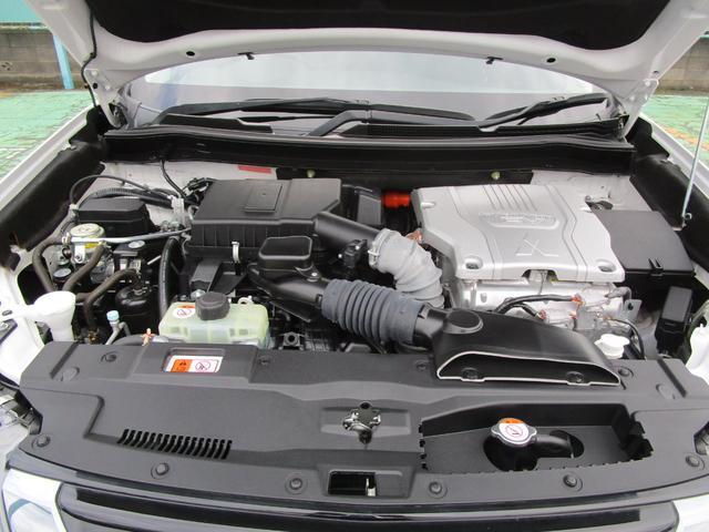 Gプレミアムパッケージ 4WD ハイブリッド 残存率83.8% 純正ナビ 全周囲カメラ ロックフォード AC100V電源 本革シート 衝突被害軽減ブレーキ 誤発進抑制機能 後退時&後側方車両検知警報 禁煙 ETC 1オーナー(17枚目)