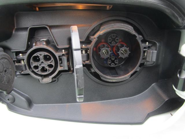Gプレミアムパッケージ 4WD ハイブリッド 残存率83.8% 純正ナビ 全周囲カメラ ロックフォード AC100V電源 本革シート 衝突被害軽減ブレーキ 誤発進抑制機能 後退時&後側方車両検知警報 禁煙 ETC 1オーナー(60枚目)